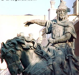 Estatua del Rey Jaime I de Aragón - Estatua del Rey Jaime I de Aragón