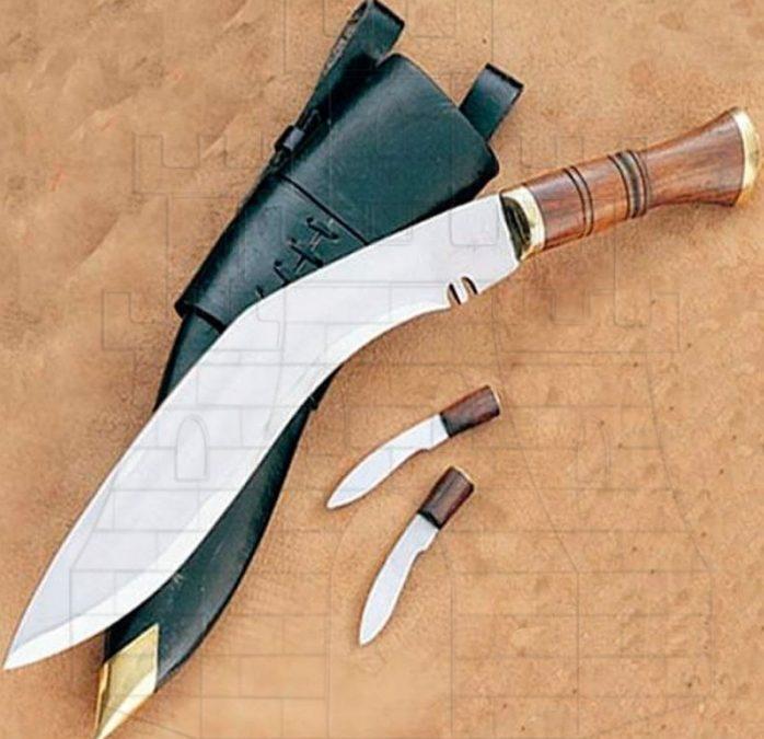 Kukri cuchillo nepalés 698x675 - Kukri cuchillo nepalés