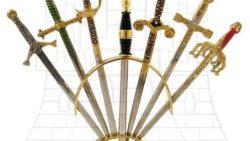 Set 6 mini espadas históricas con soporte 250x141 - Set 6 mini-espadas históricas con soporte