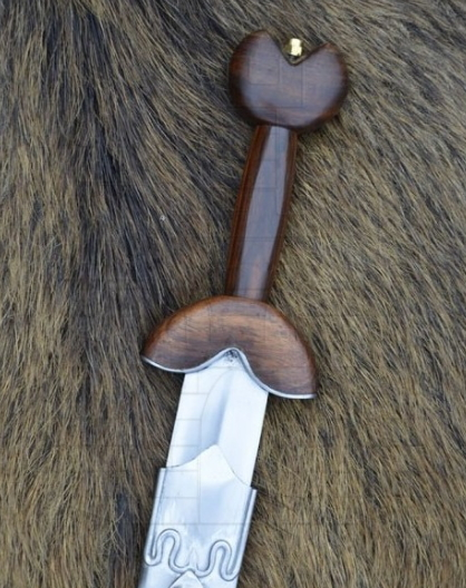 Espada Celta La Tène - Las antenas de las espadas celtas