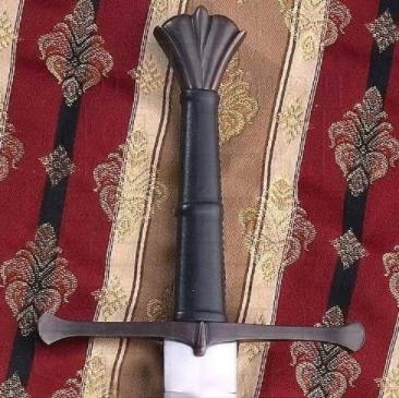 Espada Verneuil mano y media siglo XV - Espada Verneuil mano y media del siglo XV