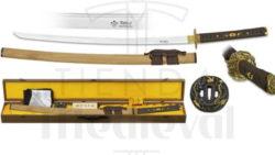 Katana hoja acero Damasco con caja funda kit de limpieza y tsubas 250x141 - Espadas y Sables con acabados latonados