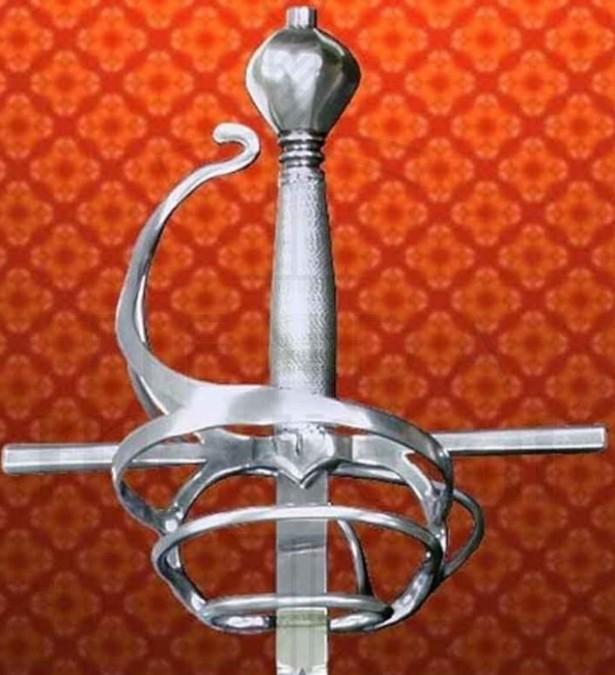 Espada Rapiera Italiana funcional siglo XVII 637x675 - Espada Rapiera Italiana funcional, siglo XVII