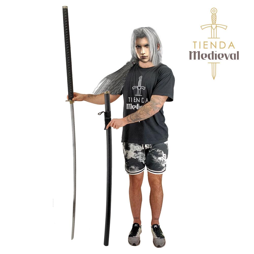 katana 3 - Sephiroth visita Tienda Medieval